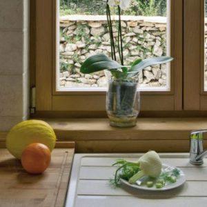Tudi plastična oz. pvc okna so lahko različnih dizajnov