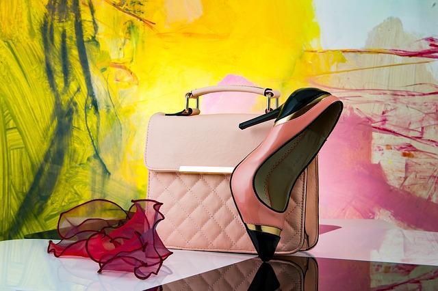 Prefinjeno elegantne in modne ženske torbice